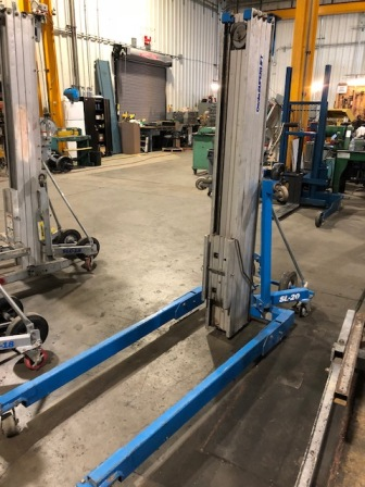 GENIE LIFT, MODEL#SL-20,MISSING FORKS, USED AS IS