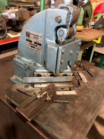"6"" x 16 GAUGE, ROPER WHITNEY BENCH NOTCHER, MODEL#PS66, USED"
